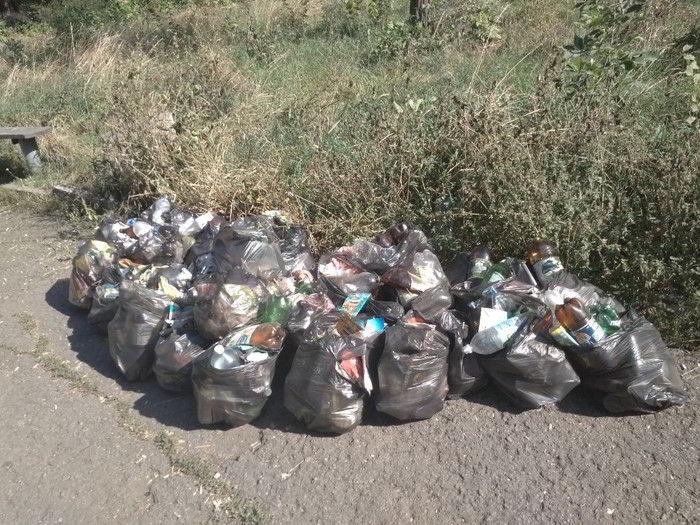 очень много мусора