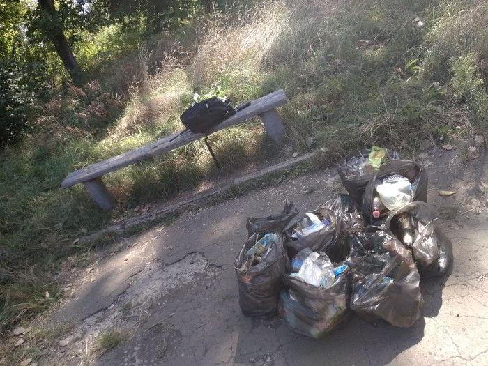 много мусора