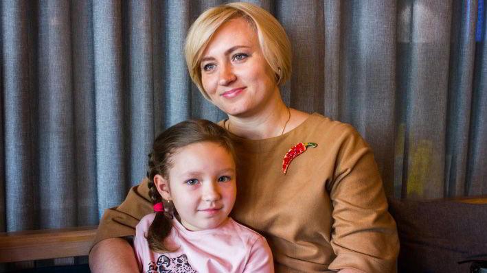 Слесарь помог маленькой сибирячке справиться с раком крови